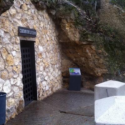 Consolidación de la muralla en la zona de la Cueva de La Zorra