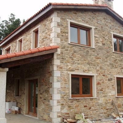 Construcción de casa rústica en A Coruña