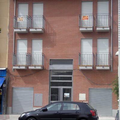 Construcción De Cuatro Viviendas Y Dos Locales Comerciales En Torreón De Ardoz  (Madrid)