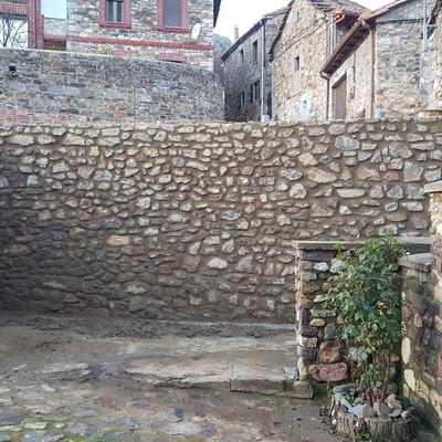 Construcción de Muro.