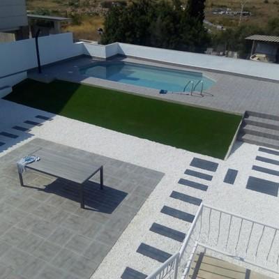 Construccion piscina de hormigon sobre el suelo !!!