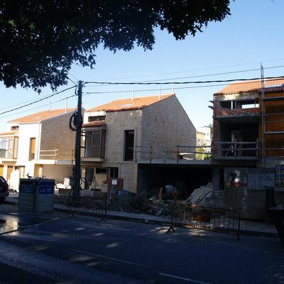Construción de tres chalets adosados