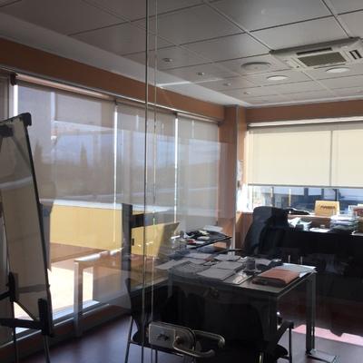 Cortinas para oficina Magna