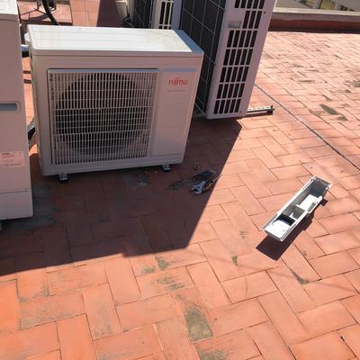 Instalación máquina aire acondicionado conductos