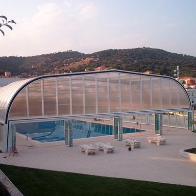 Cubiertas de piscina acmsa palau solit i plegamans for Piscinas cubiertas salamanca