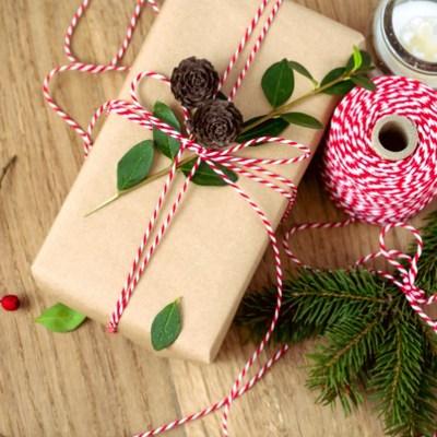 ¿Cómo puedo envolver regalos y sorprender?