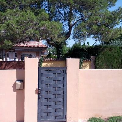 Decoracion De Fachada Y Puertas Exterior En Exterior