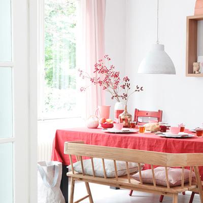 Comedor tonos rosa