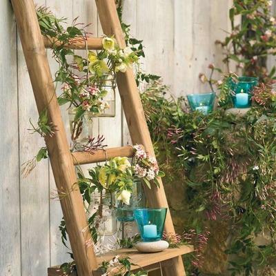 Decorar escaleras con plantas