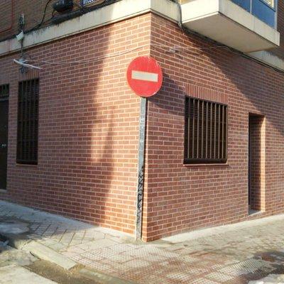 CAMBIO DE USO DE LOCAL A VIVIENDA - Recesvinto