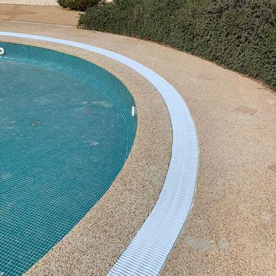 Reparación fuga de agua piscina
