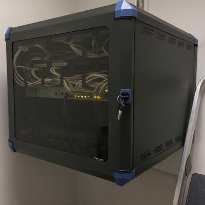 Saneamiento de Armario Rack(Telecomunicaciones o Informatica)