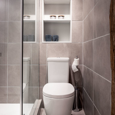 Detalle de inodoro en baño principal