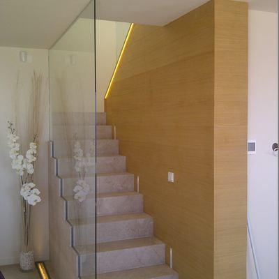Detalle escalera casa a