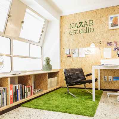 Despacho profesional en madera y toques vintage