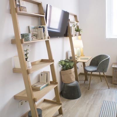 Apartamento duplex de 50 m2 rehabilitado en zona de la Alameda, Sevilla.
