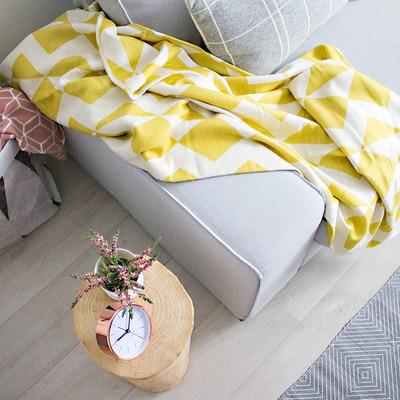 Detalle funda sofá Kivik en Pandora Zinc