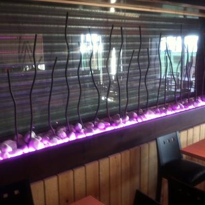 detalle-leds-lateral-sala-restaurante