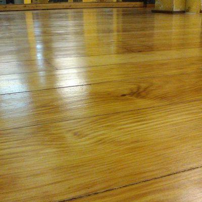Lijado (Acuchillado) de tarima de madera y restauración en Sala de Ballet (Valencia)