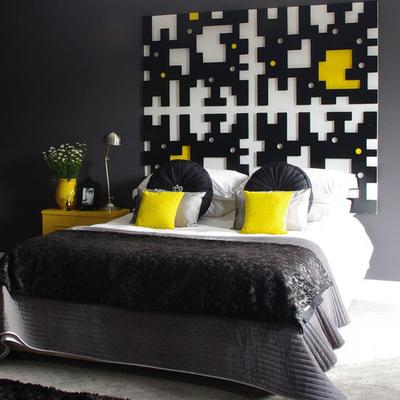 dormitorio negro y amarillo