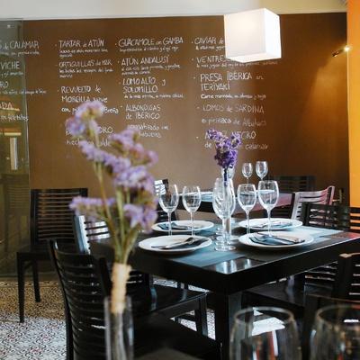 DIF Decor: interior de comedor en restaurante Trafalgar