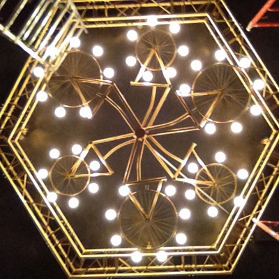 Iluminacion de discoteca y vivienda