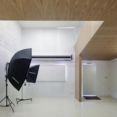 Reforma de un local comercial para el estudio de fotografía Domoestudio