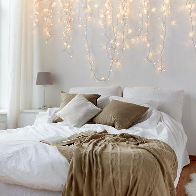 ¿Qué hago con las paredes del dormitorio? 11 ideas para bordarlo