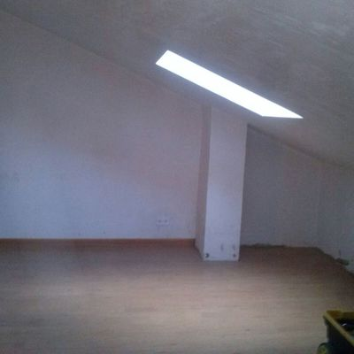 Montaje armario y separador de dormitorio en ático abuhardillado