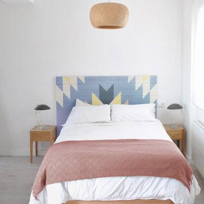 Dormitorio cabecero de madera colores