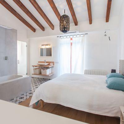 5 baños integrados en el dormitorio que te encantarán