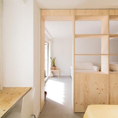 Un apartamento abierto y luminoso... con muy poco