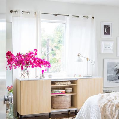 Dormitorio de estilo fresco y actual