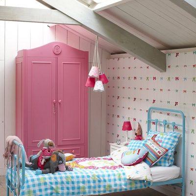 dormitorio niña abuhardillado