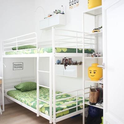 dormitorio niños con literas