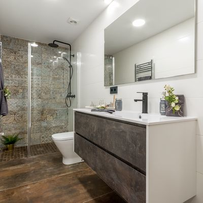¿Por qué nos encantan las duchas a ras del suelo?