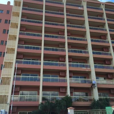 Rehabilitación de fachadas y cornisas, impermeabilizaciones.