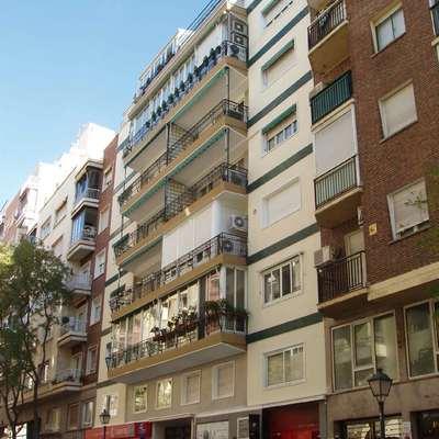 Edificio en la calle del General Diaz Porlier