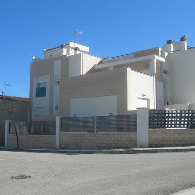 Ejecuion de edificio de oficinas y garaje en Linares (Jaén)
