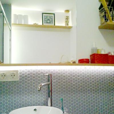 El baño de Estela por emmme studio: Después