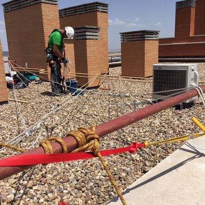 Sustitución revestimientos bandejas horizontales del forjado de terrazas