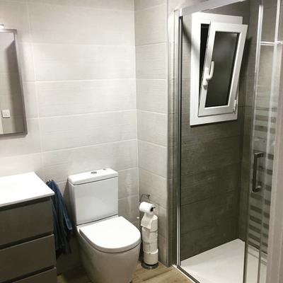 Baño con cambio de ubicación