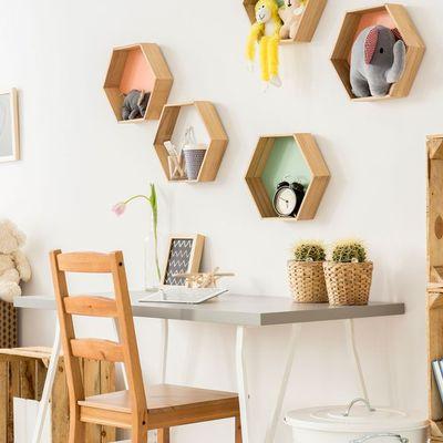 6 piezas que puedes colgar para ganar espacio