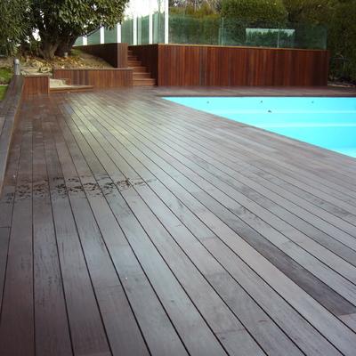 Reforma de viales y piscina de vivienda unifamilar en Pozuelo de Alarcón (Madrid)