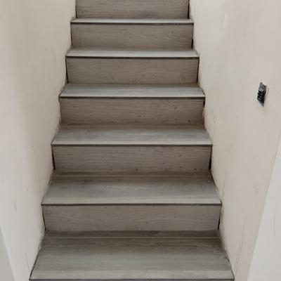 Piscina i escaleras