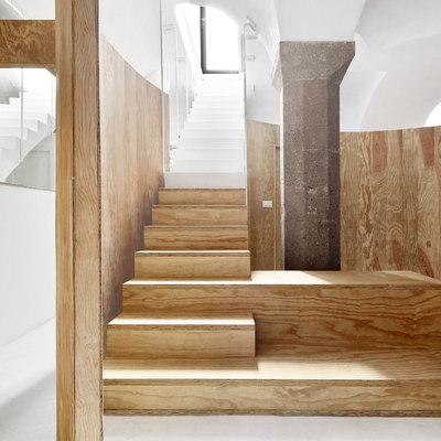 La espectacular reforma de un apartamento subterráneo
