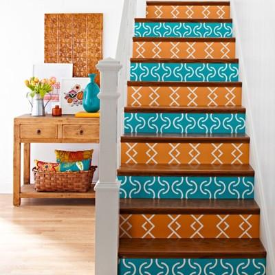 escalera azulejos