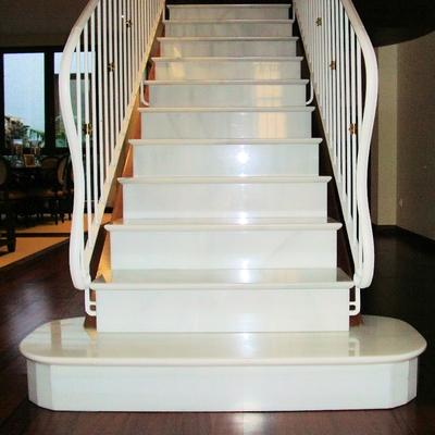 Escalera Blanco Macael