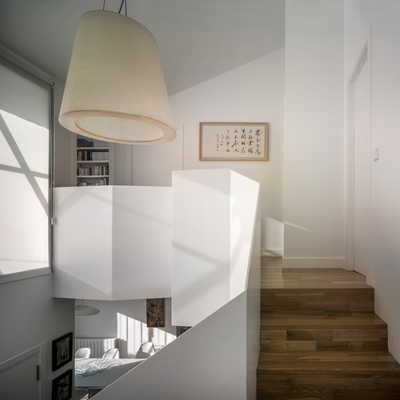Escalera con luz natural