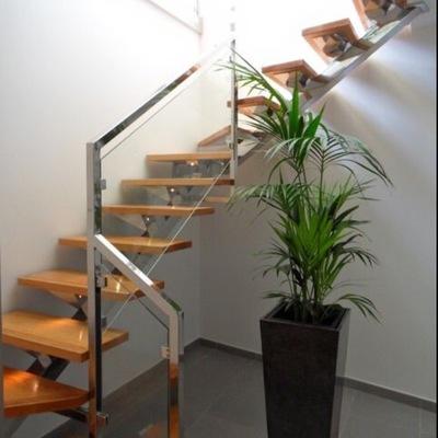 escalera de acero inox y roble